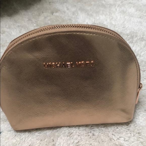 Michael Kors Handbags - Michael Kors makeup case